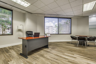 Temporary Plano Office - Meeting Room