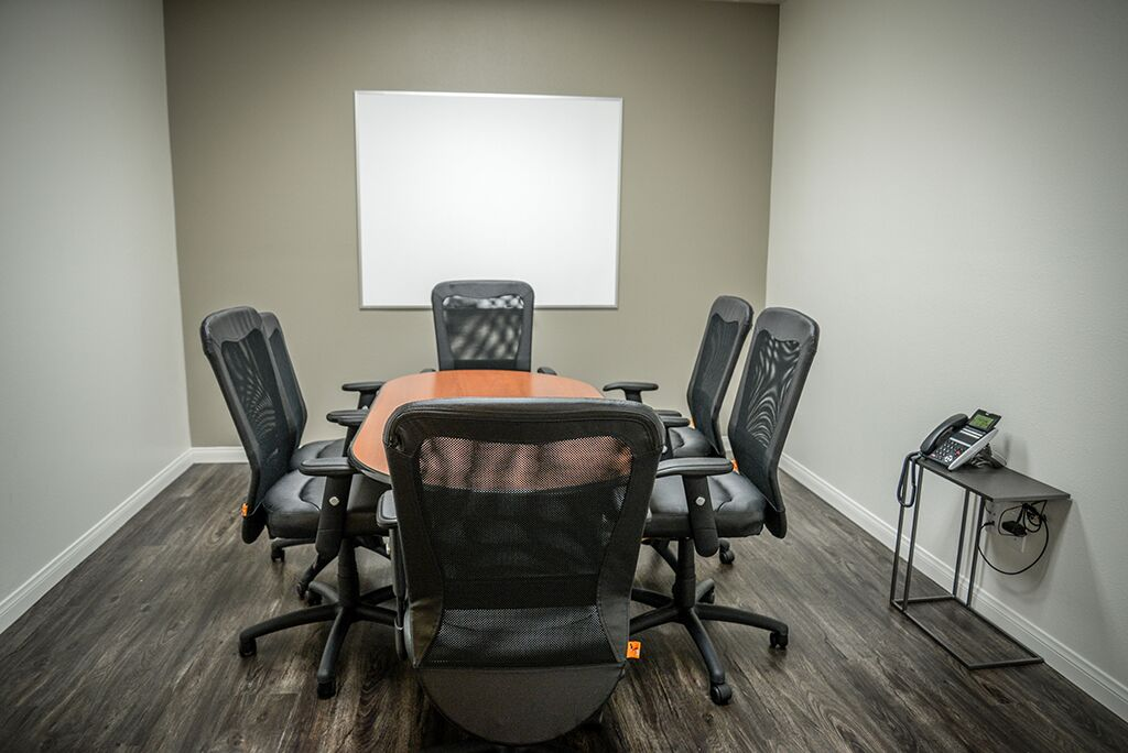 Nice Conference and Meeting Rooms in Rancho Cucamonga