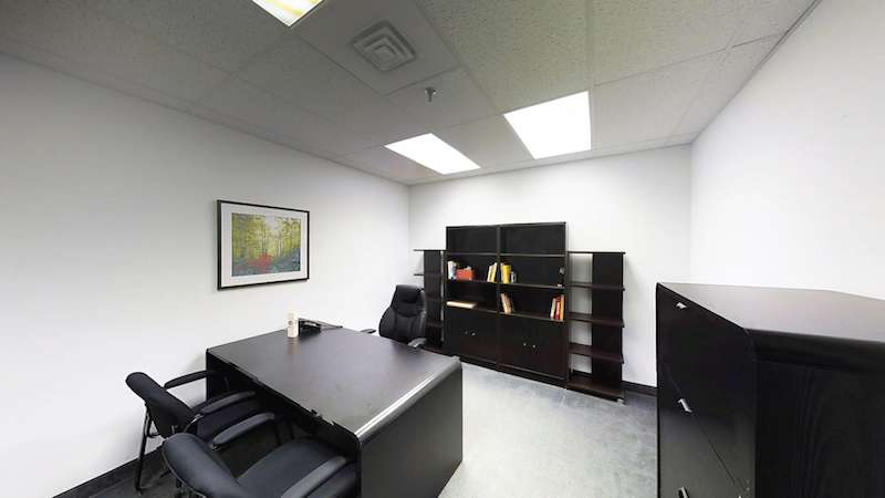 Temporary Richmond Hill Office - Meeting Room