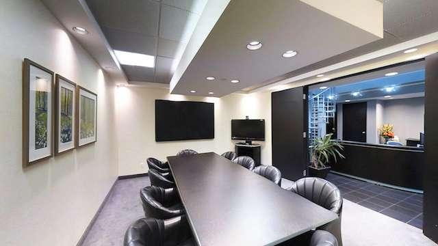 Stylish Richmond Hill Meeting Room