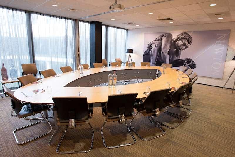 Stylish Rijen Meeting Room