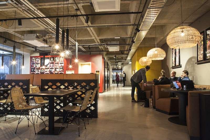 Rotterdam Busines Address - Lounge Area