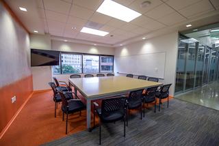 Stylish San Diego Meeting Room