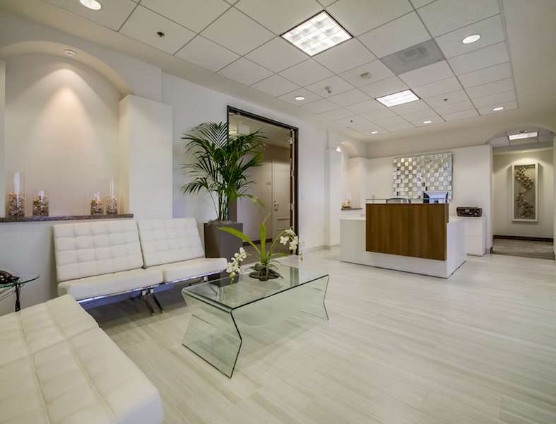 Receptionist and Mail Area - Santa Monica Virtual Office