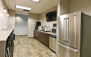 Break Room - Kitchen Area - Schaumburg Virtual Office