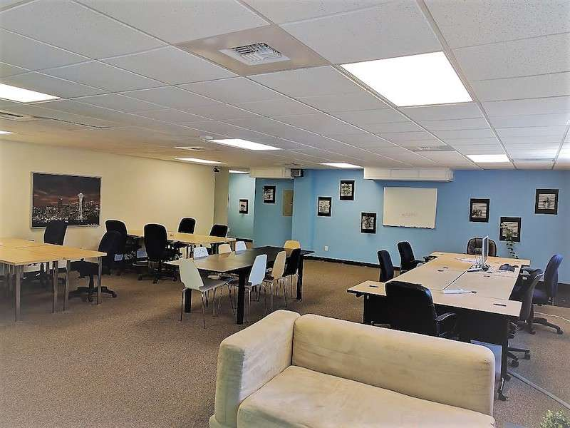 Seattle Virtual Office Space - Comfortable Commons Area