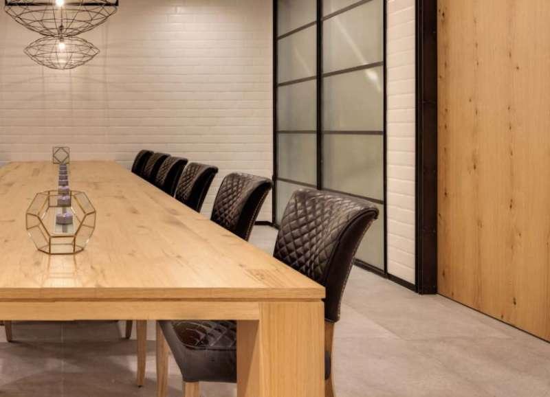 Stylish Shenzhen Meeting Room