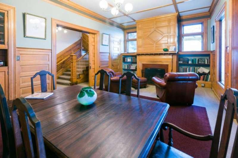 Tacoma Busines Address - Lounge Area