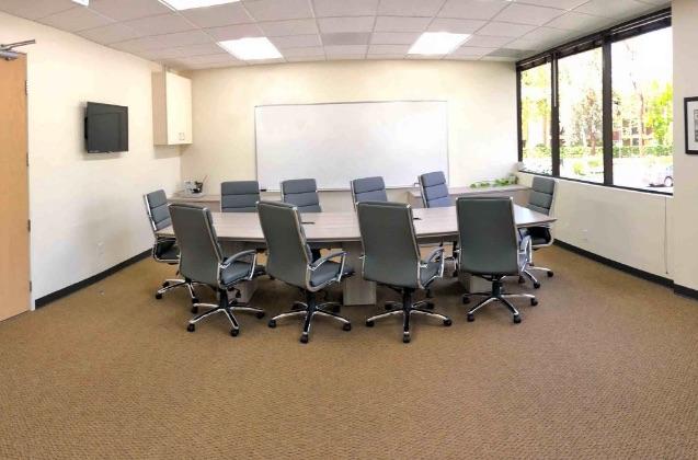 Stylish Thousand Oaks Meeting Room