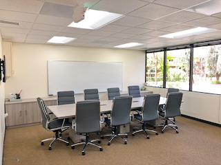 Nice Conference and Meeting Rooms in Thousand Oaks