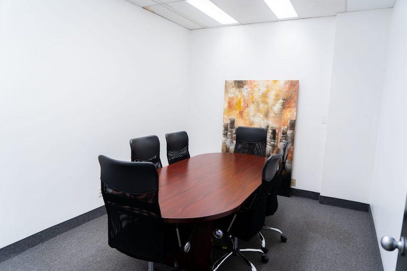 Stylish Toronto Meeting Room