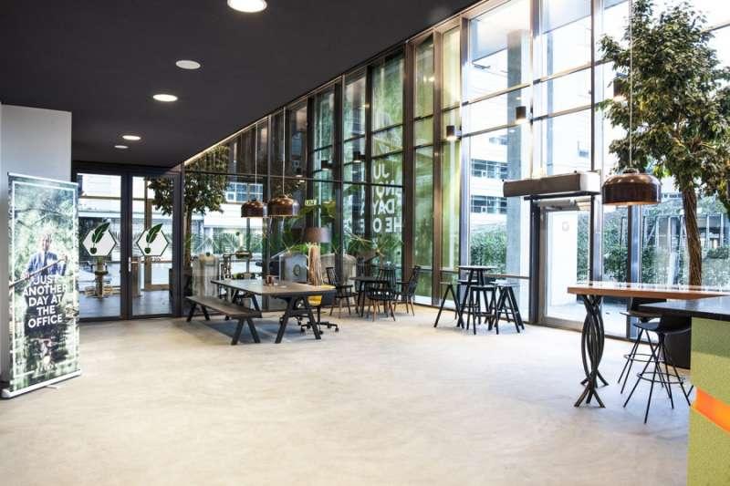 Break Room - Kitchen Area - Utrecht Virtual Office