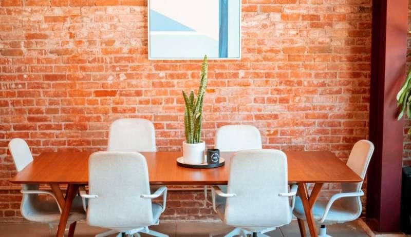 Stylish Venice Meeting Room