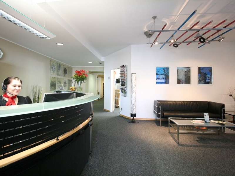 Vienna Live Receptionist and Business Address Lobby