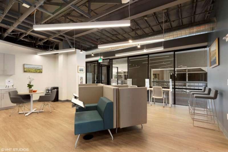 Walnut Creek Virtual Office Space - Comfortable Commons Area