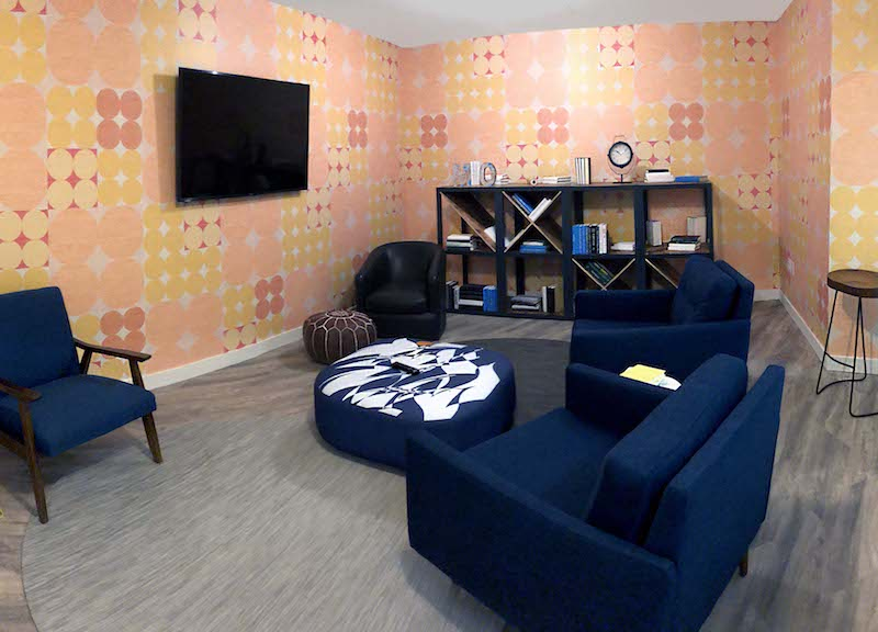 Washington Busines Address - Lounge Area