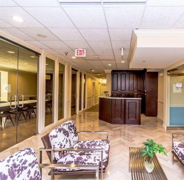 West Palm Beach Live Receptionist and Business Address Lobby