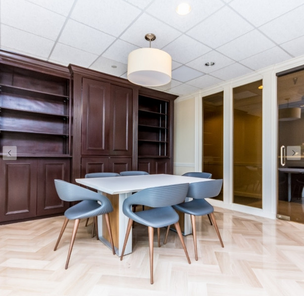Stylish West Palm Beach Meeting Room
