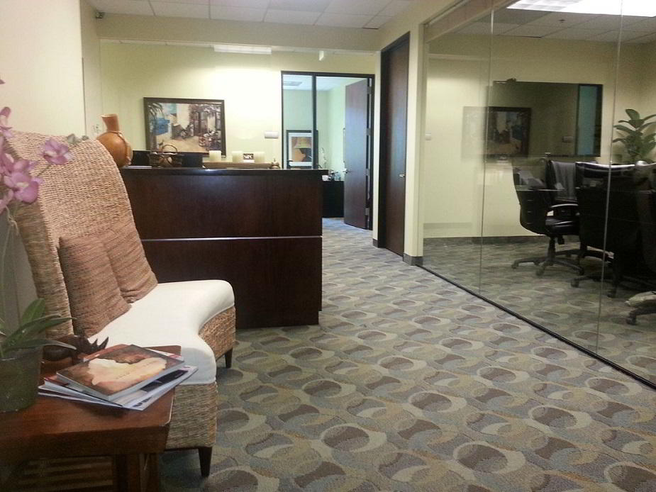 Westlake Village Live Receptionist and Business Address Lobby