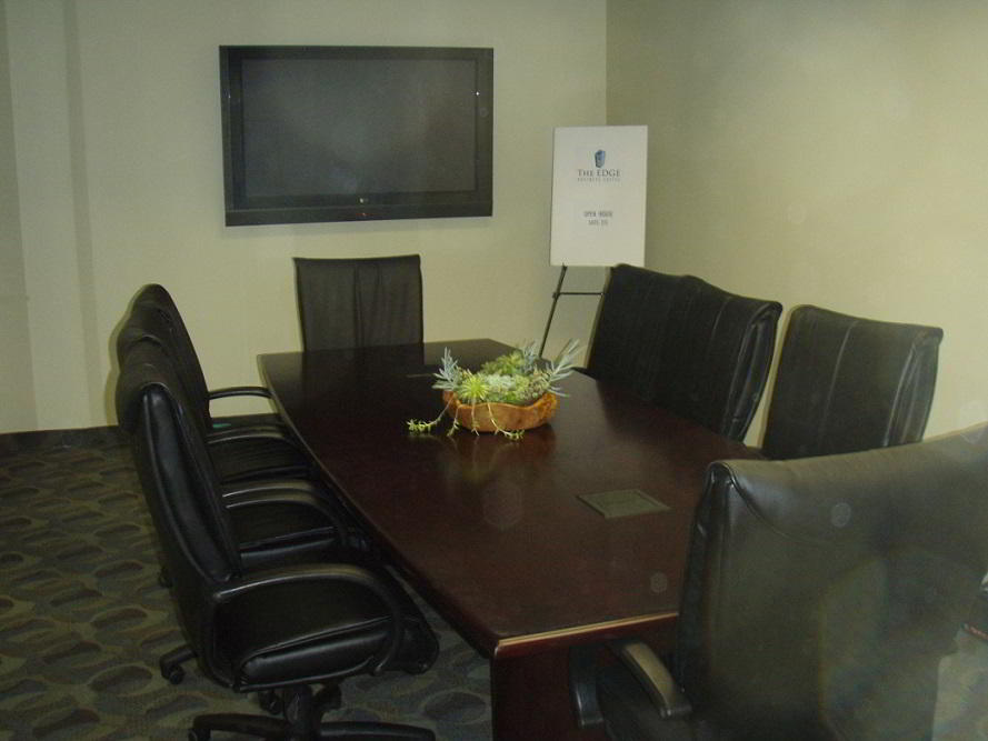 Stylish Westlake Village Meeting Room