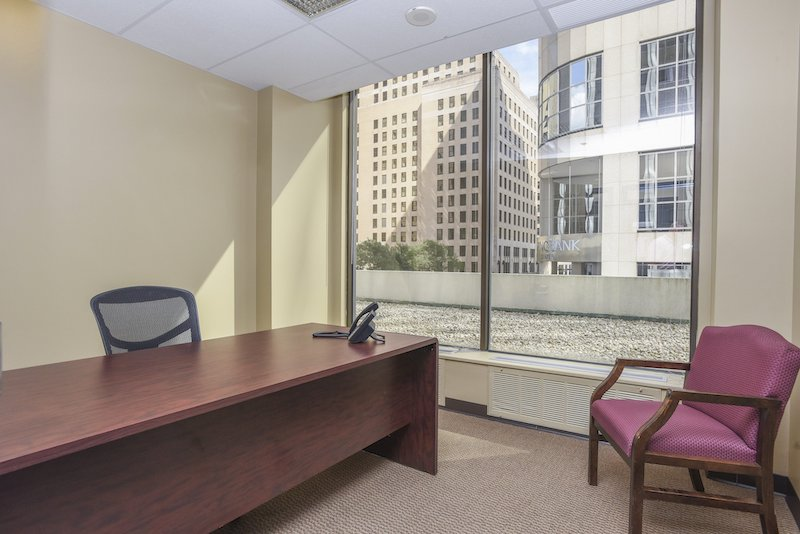 Virtual Offices Wilmington - Temp Offices or Meeting Room