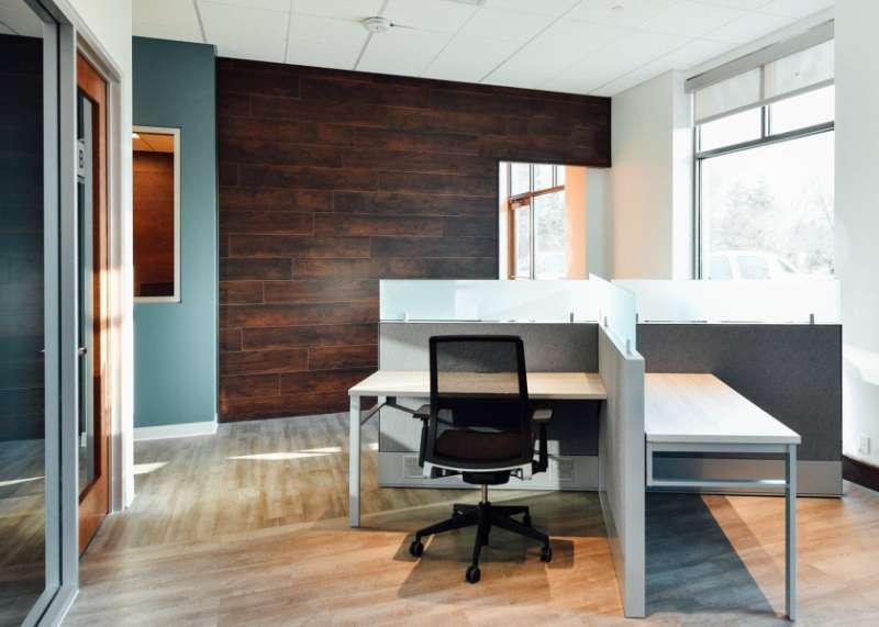 Temporary Woodbury Office - Meeting Room