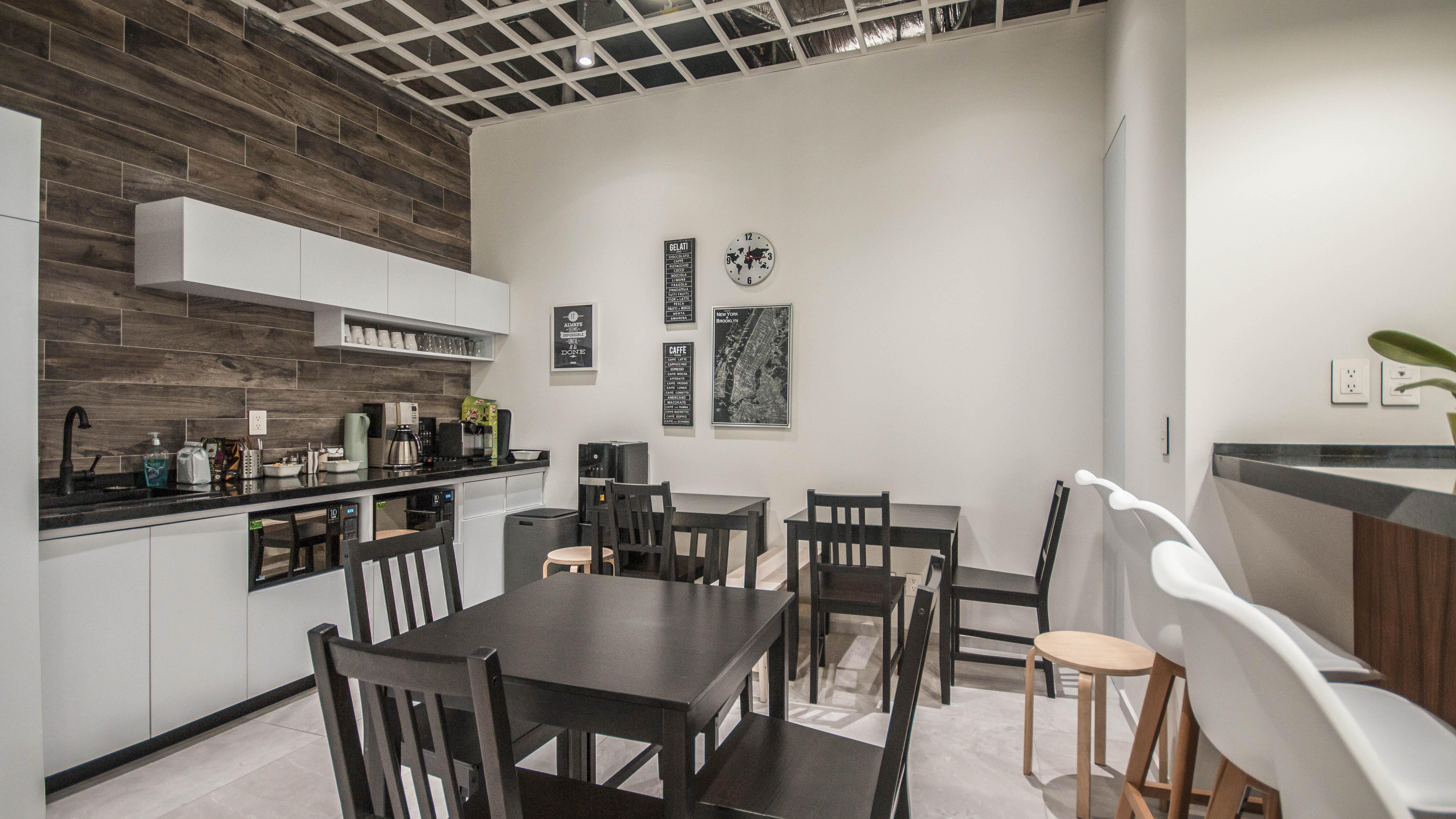 Break Room - Kitchen Area - Guadalajara Virtual Office