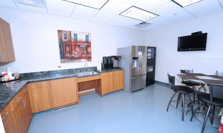 Break Room - Kitchen Area - Chicago Virtual Office
