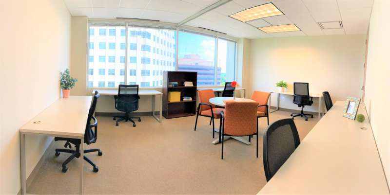 Arlington Virtual Office Space - Comfortable Commons Area