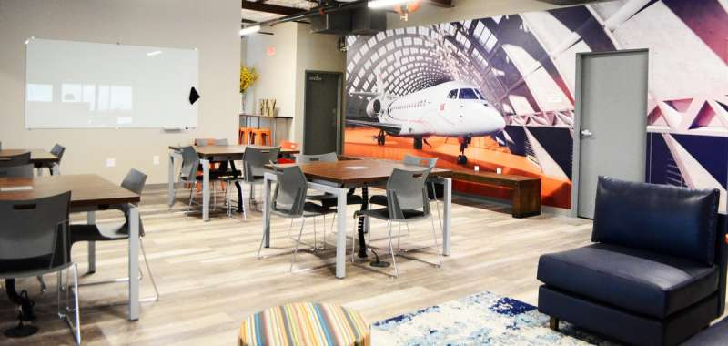Sugar Land Virtual Office Space - Comfortable Commons Area