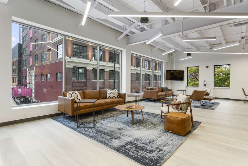 Detroit Virtual Office Space - Comfortable Commons Area
