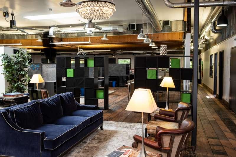 Portland Busines Address - Lounge Area