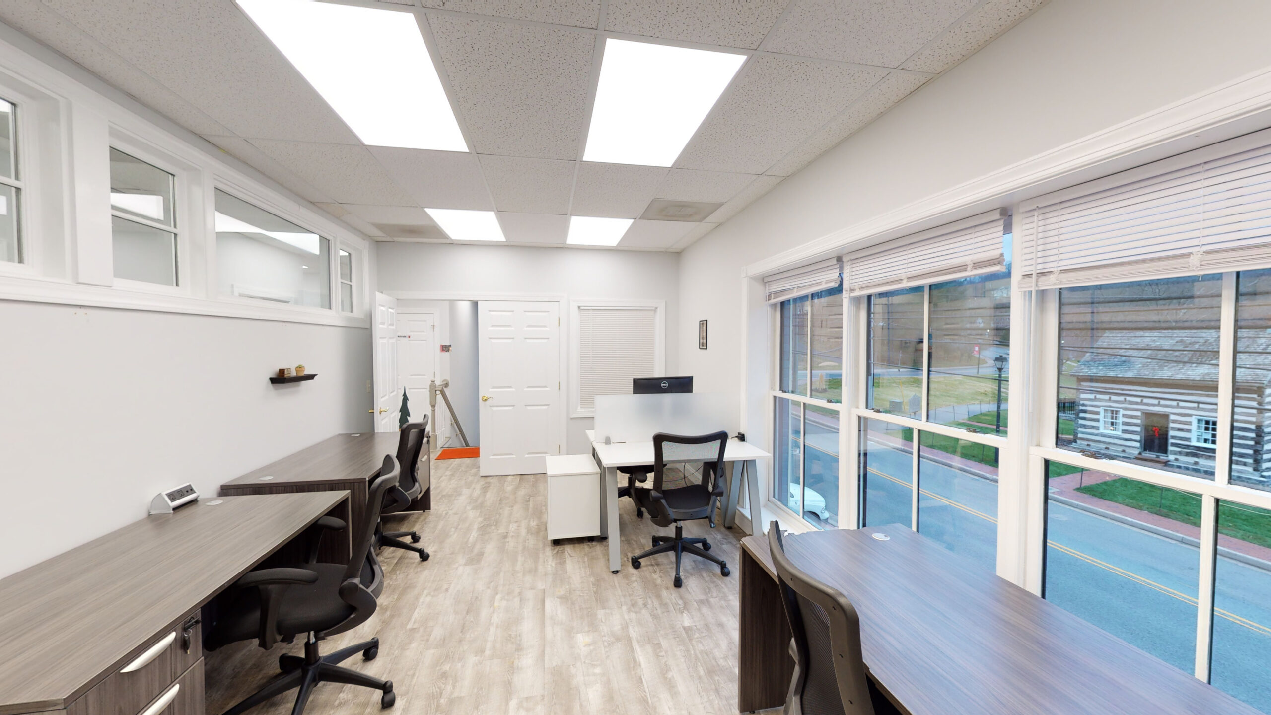 Ellicott City Virtual Office Space - Comfortable Commons Area