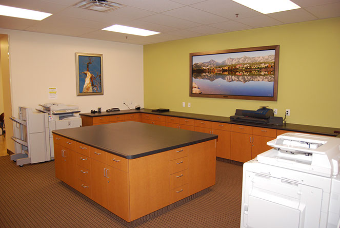 South Jordan Virtual Office Space - Comfortable Commons Area