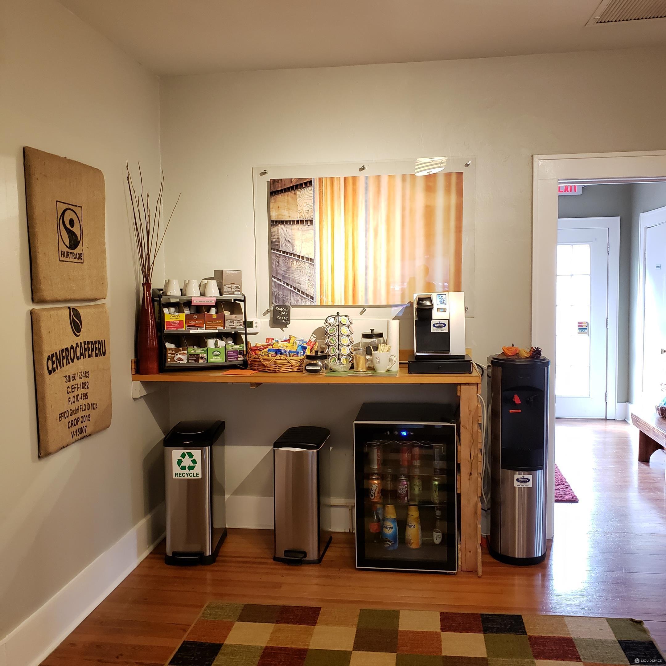 Orange Park Busines Address - Lounge Area