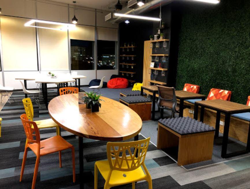 Merida Busines Address - Lounge Area