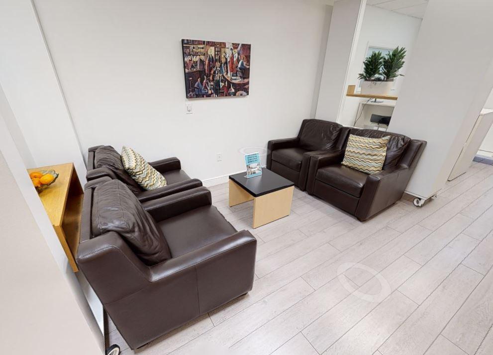 Fort Lauderdale Busines Address - Lounge Area