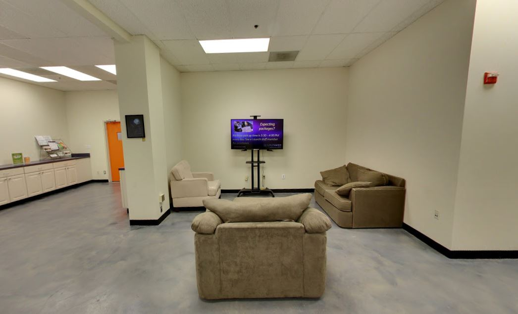 Rockville Virtual Office Space - Comfortable Commons Area