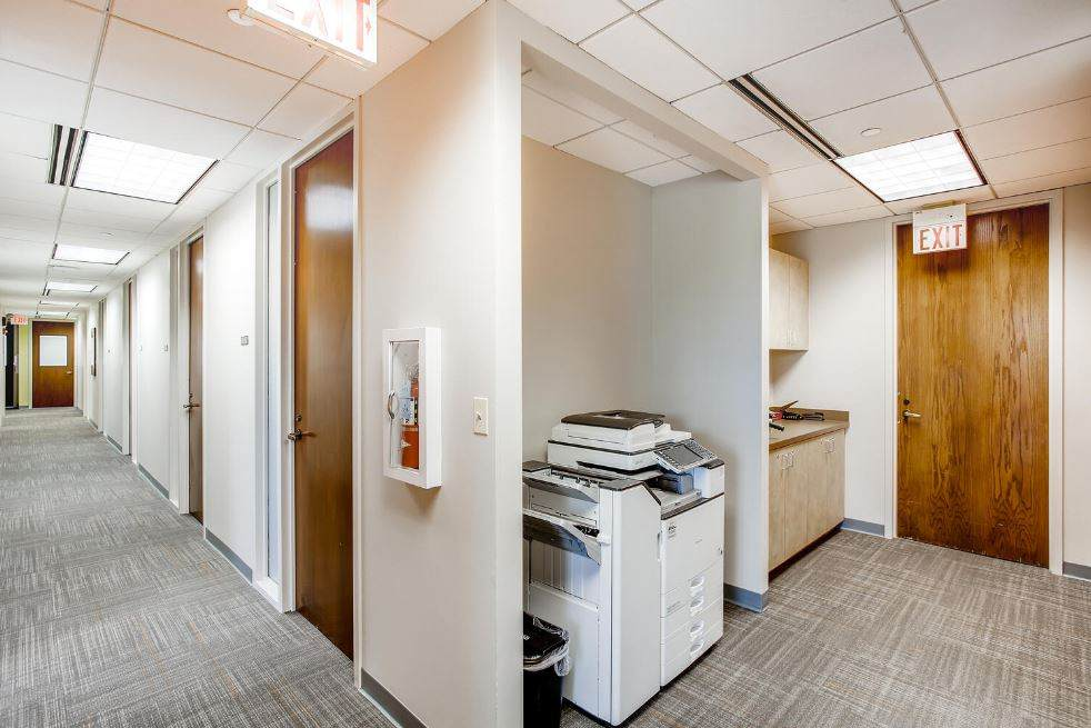 Naperville Virtual Office Space - Comfortable Commons Area