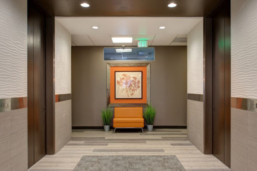 Denver Virtual Office Space - Comfortable Commons Area