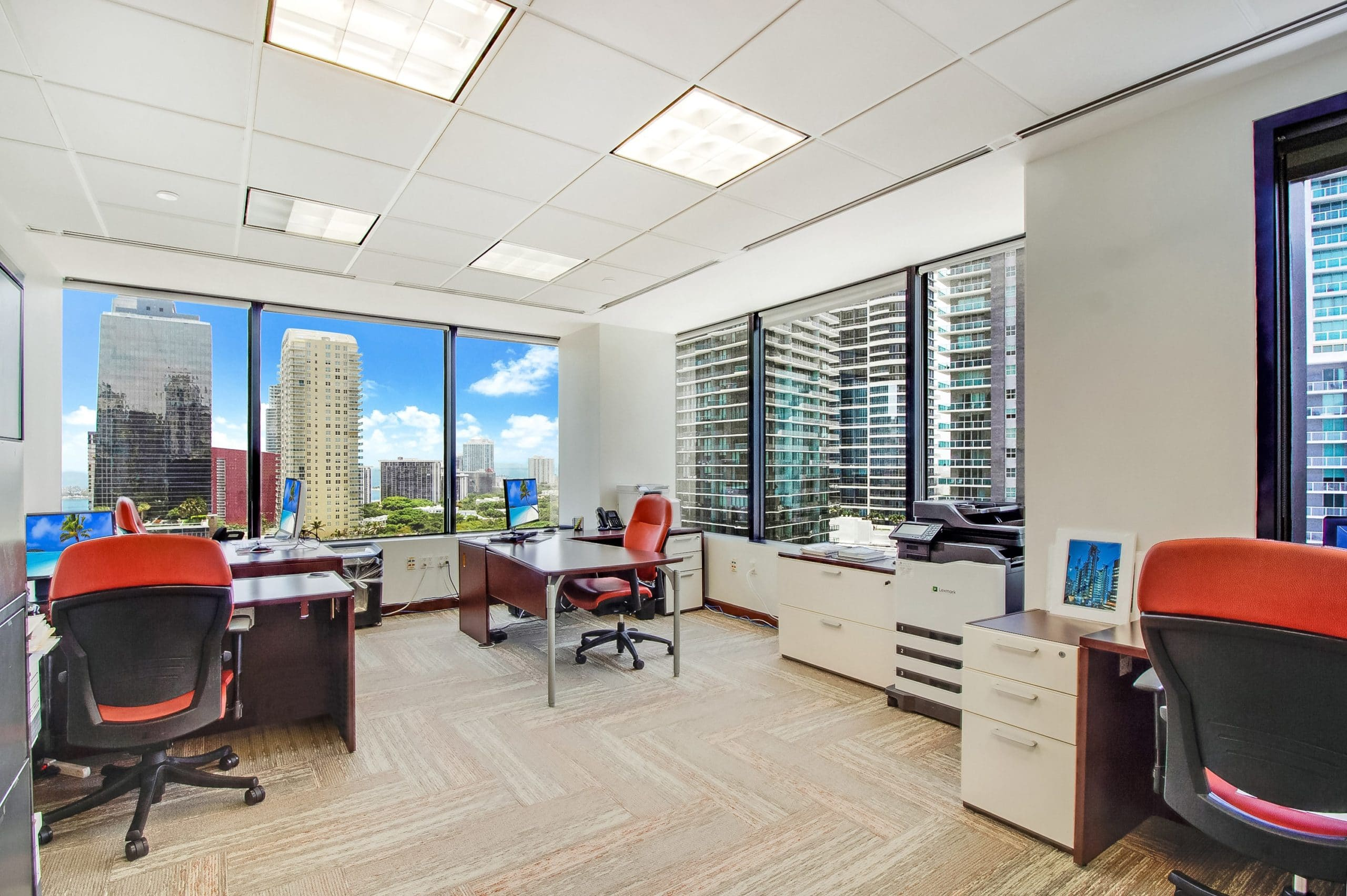 Virtual Offices Miami - Temp Offices or Meeting Room
