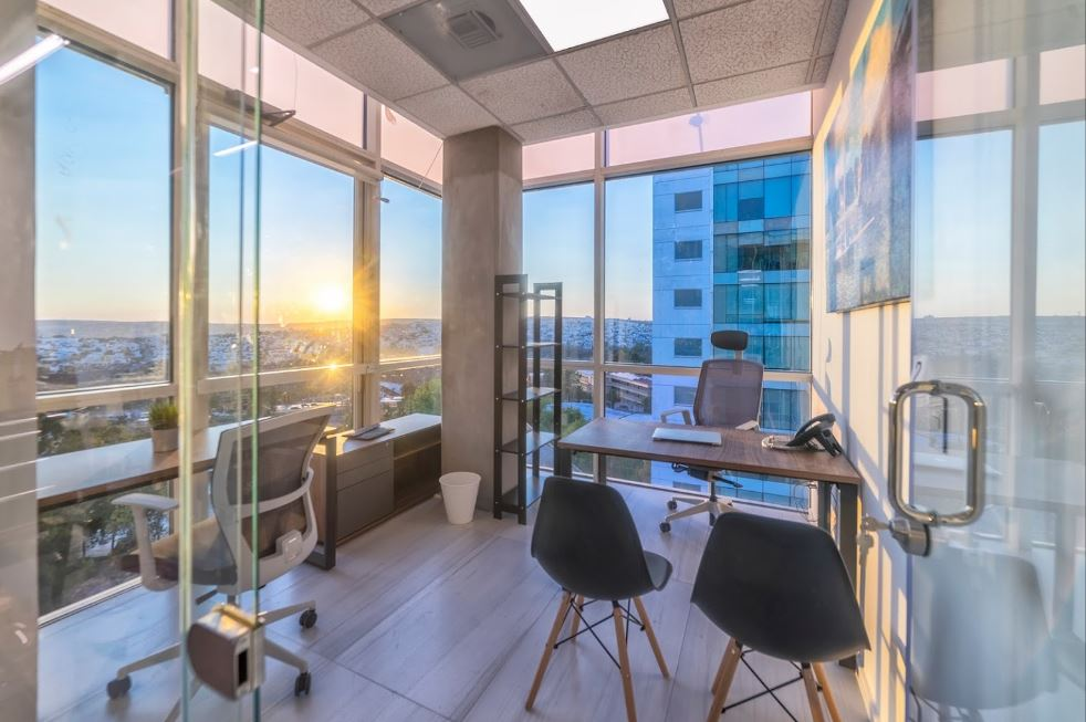 Temporary Leon Office - Meeting Room
