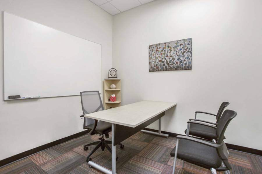 Temporary Aurora Office - Meeting Room