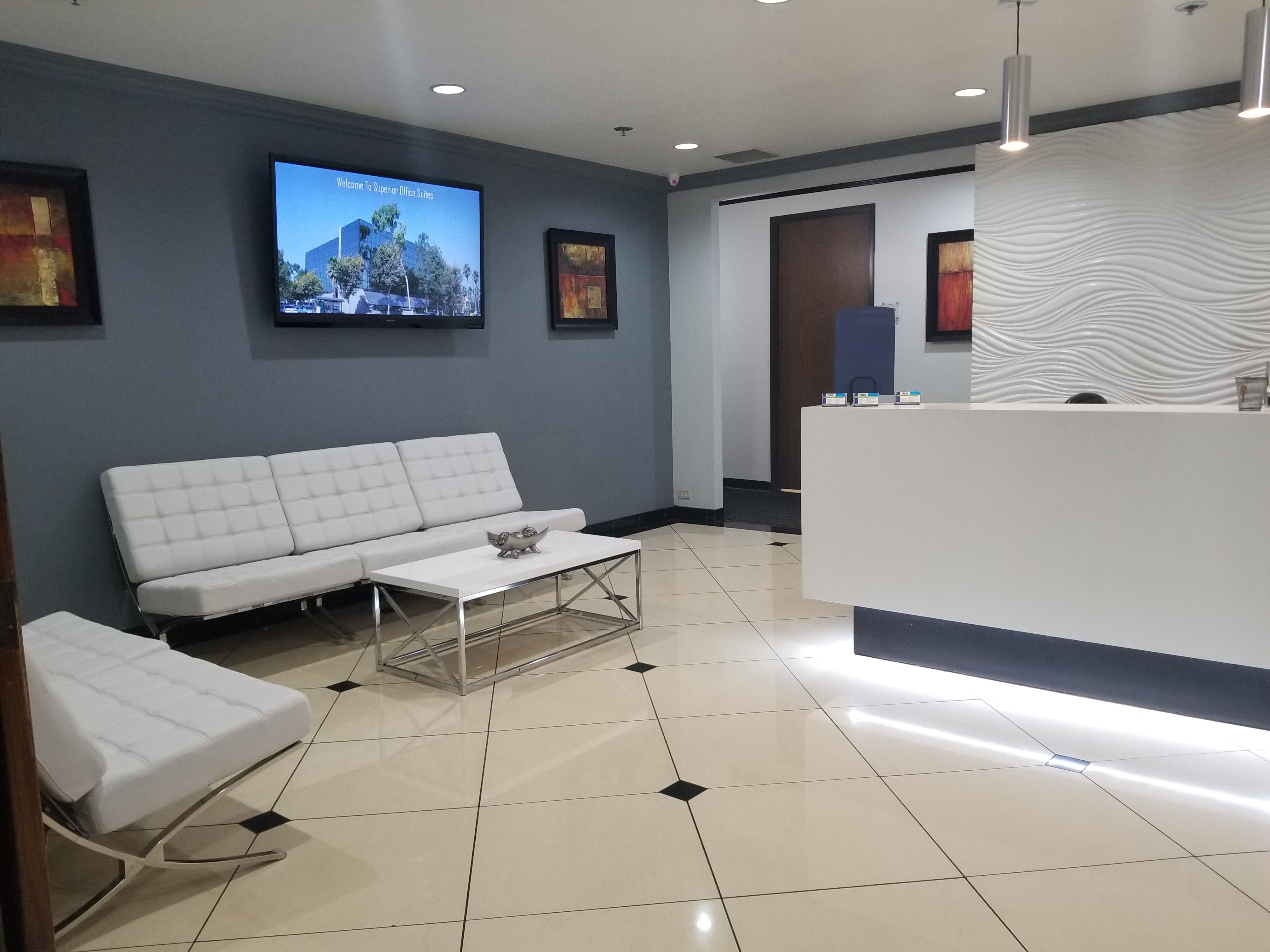 Receptionist Lobby - Virtual Offices in Ontario