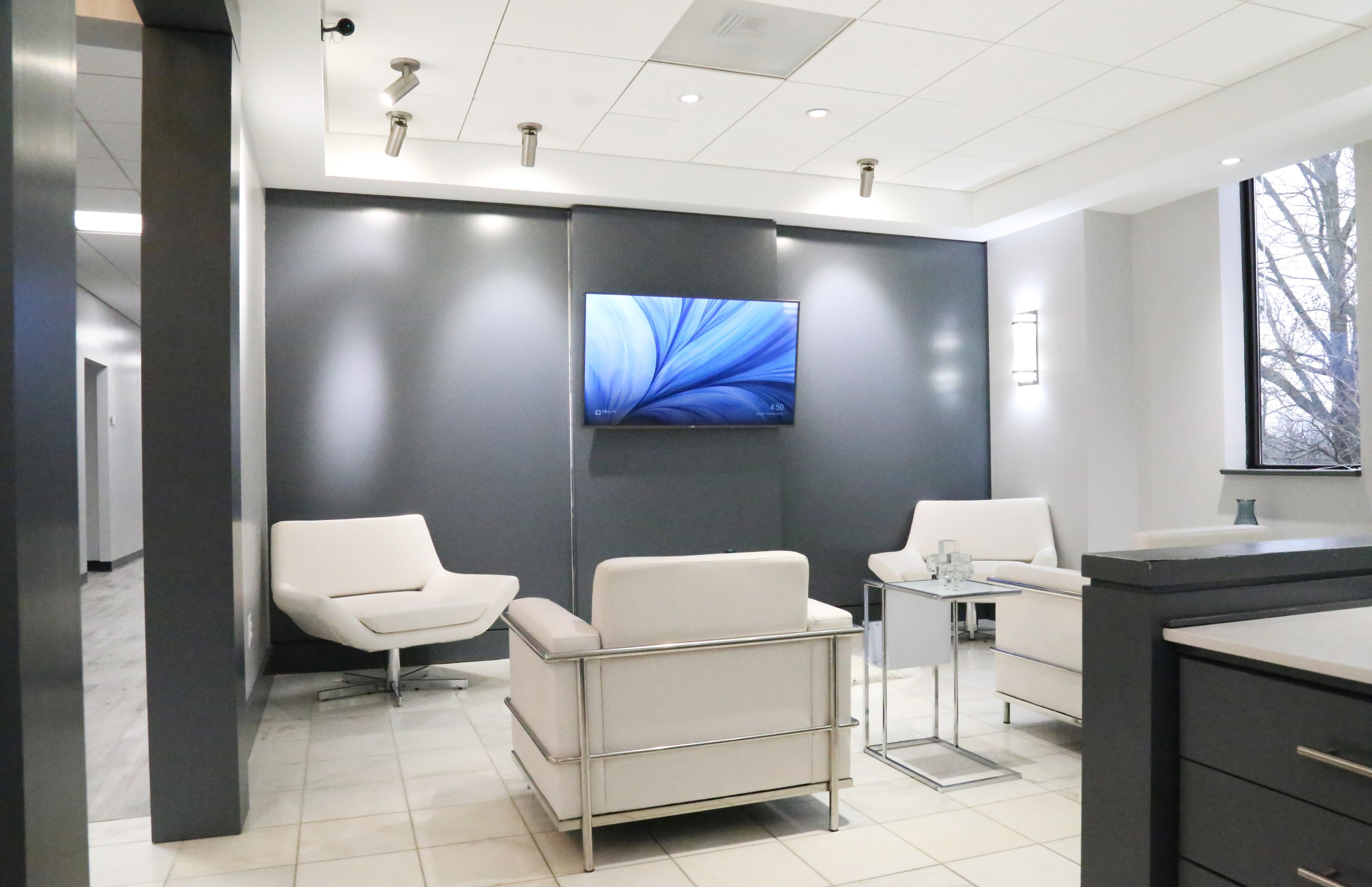 Laurel Live Receptionist and Business Address Lobby