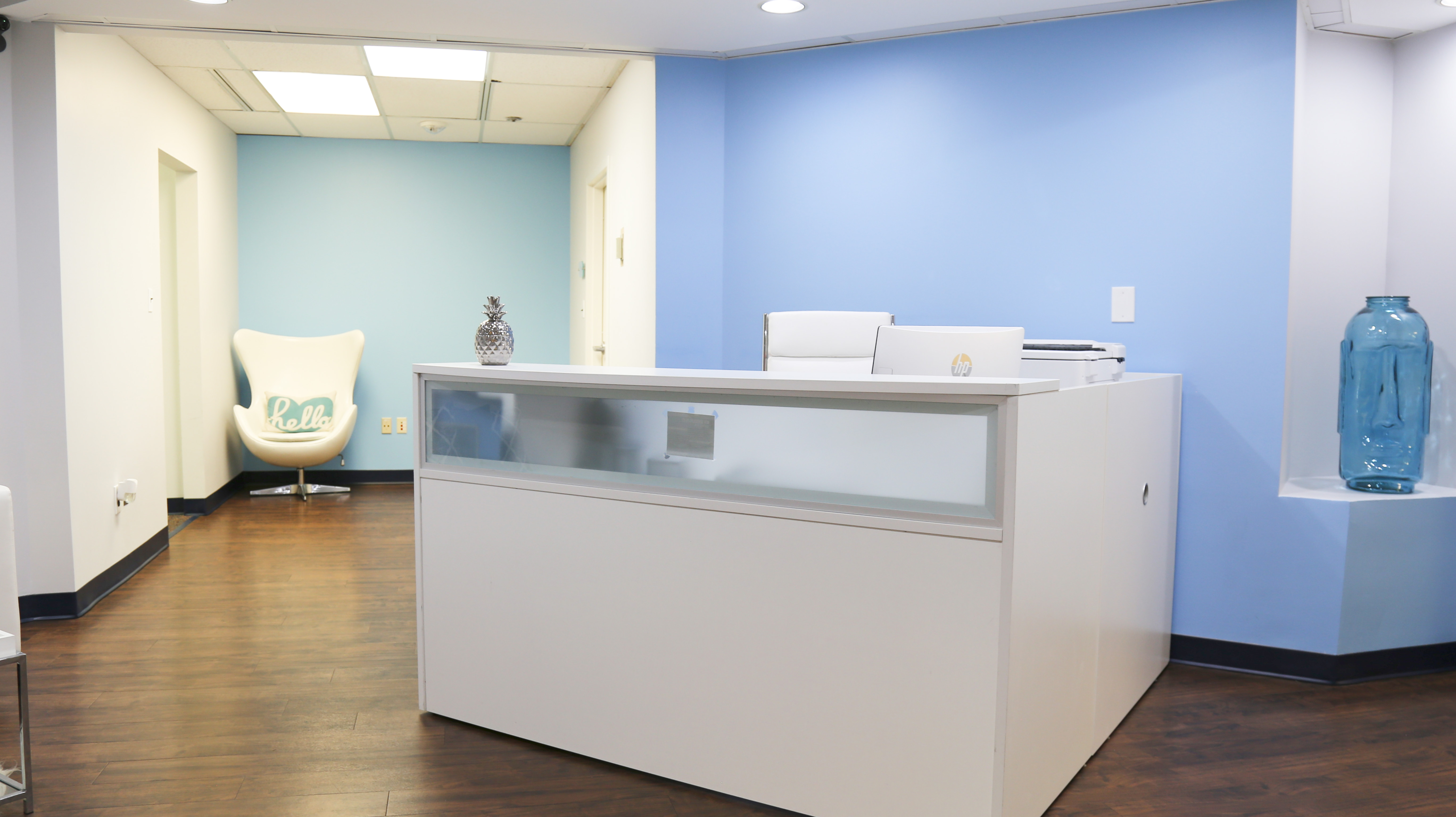 Receptionist Lobby - Virtual Offices in Columbia