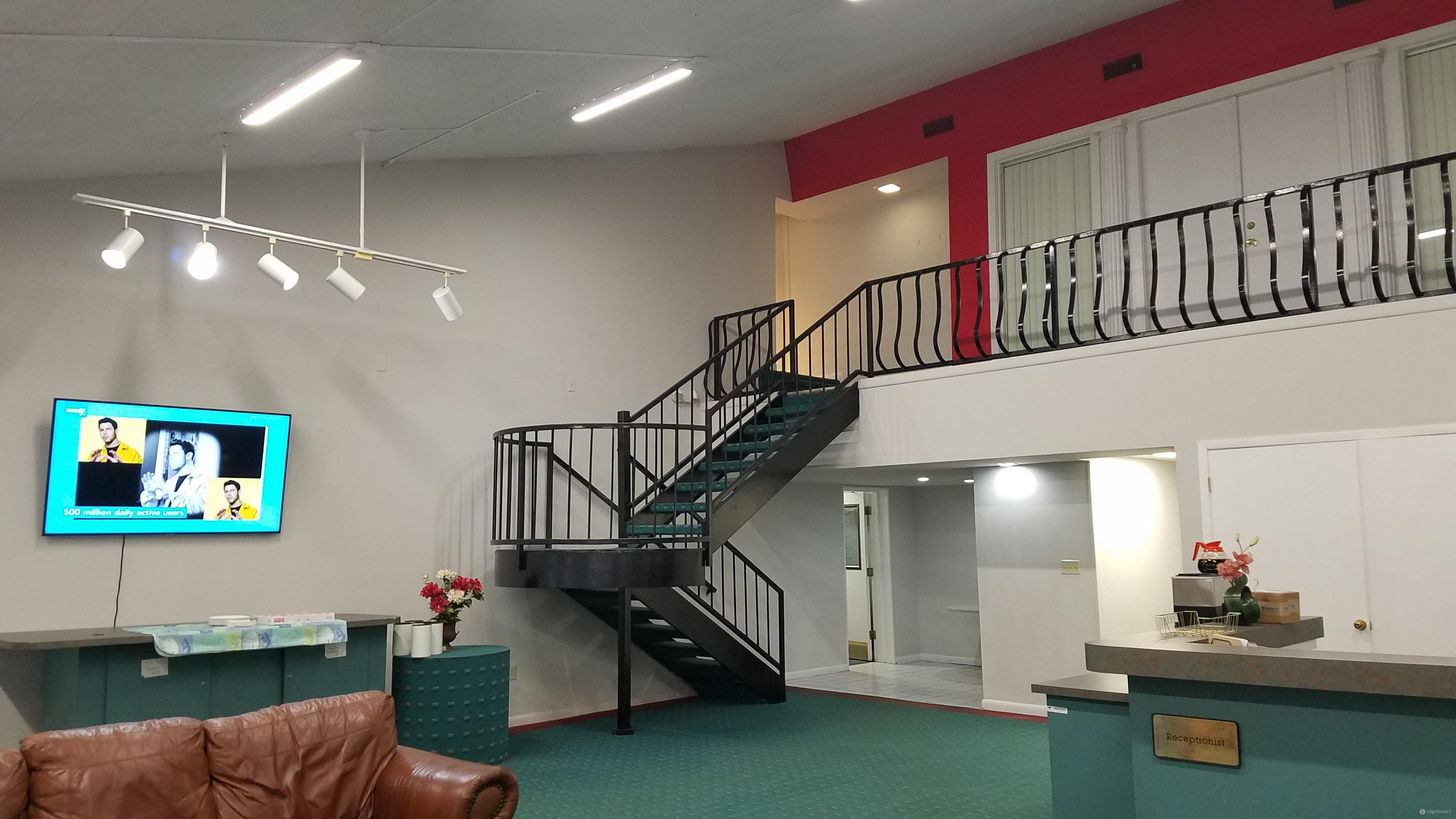 Winter Park Live Receptionist and Business Address Lobby
