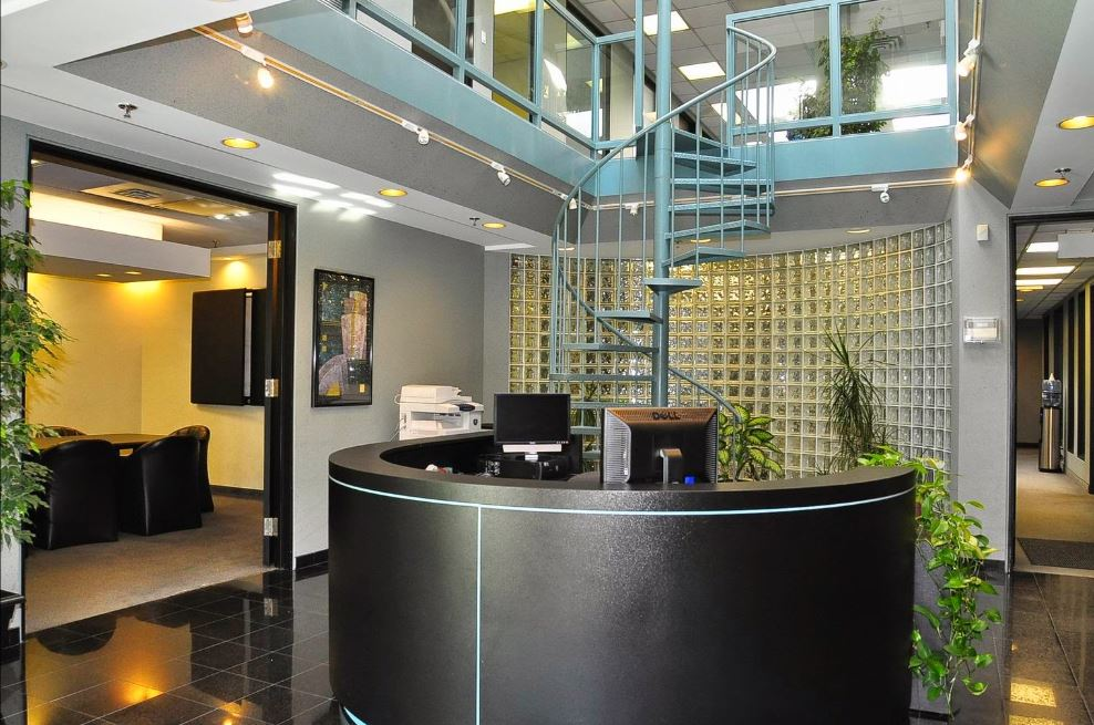 Richmond Hill Live Receptionist and Business Address Lobby