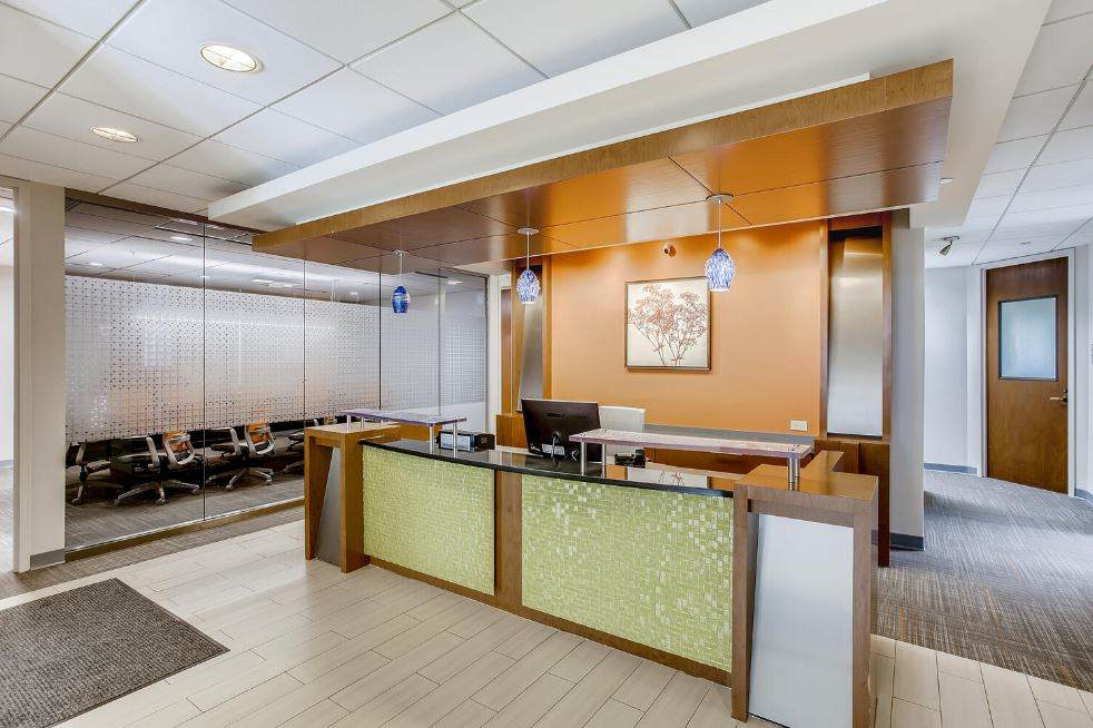 Receptionist and Mail Area - Naperville Virtual Office