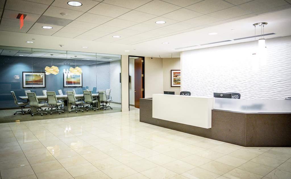 Receptionist Lobby - Virtual Offices in Santa Monica